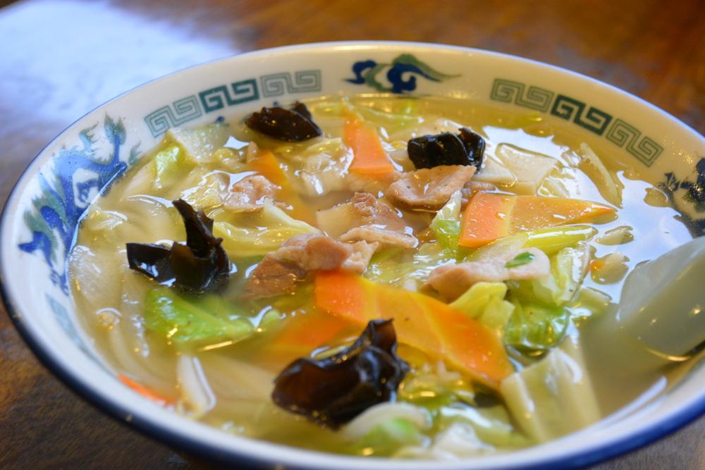 芝その軒 お店自慢の湯麺(タンメン)